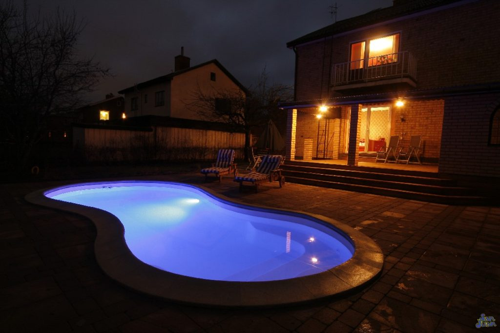 The Cocoa Beach presents a stunning view at night. We pair all of our fiberglass pools with LED lighting technology from SR Smith. That means that you too will be able to wow your family and guest with a brilliant display of LED technology in your backyard!
