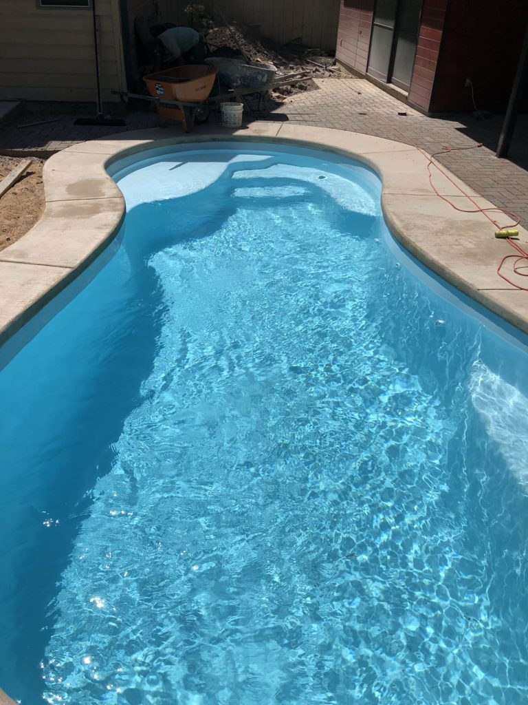 The Sundial fiberglass pool is a perfect entertainment pool for small gatherings. The overall gallons size of 6,600 gallons which means its easy to maintain the water chemistry and small enough for a few people to enjoy in close proximity.