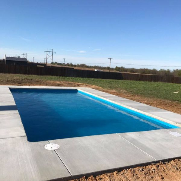 Fiberglass Pool Guyz just finished the installation of another fiberglass swimming pool in the Dallas / Ft Worth Metroplex. This time, our installation was located in Decatur TX where we installed the Stockholm fiberglass swimming pool.