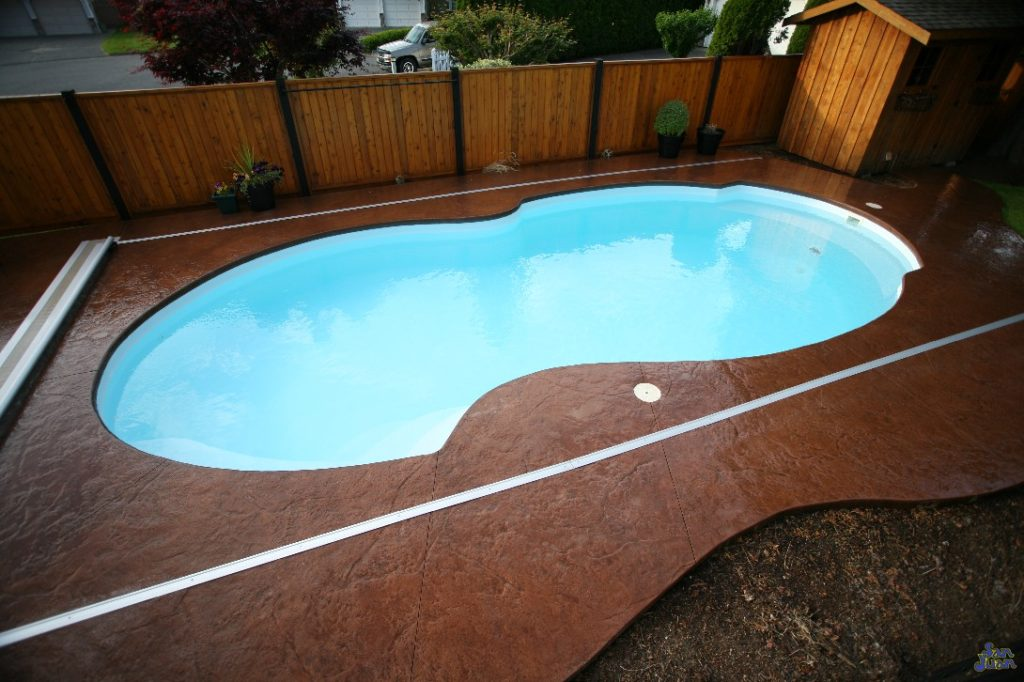 Fiberglass pool guyz the atlantic deep free form pool for Pool design hours